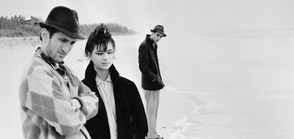 Jim Jarmusch's Stranger Than Paradise (1984) was a visual influence on Nebraska, Payne said. Jarmusch's film has a somewhat similar visual composition.